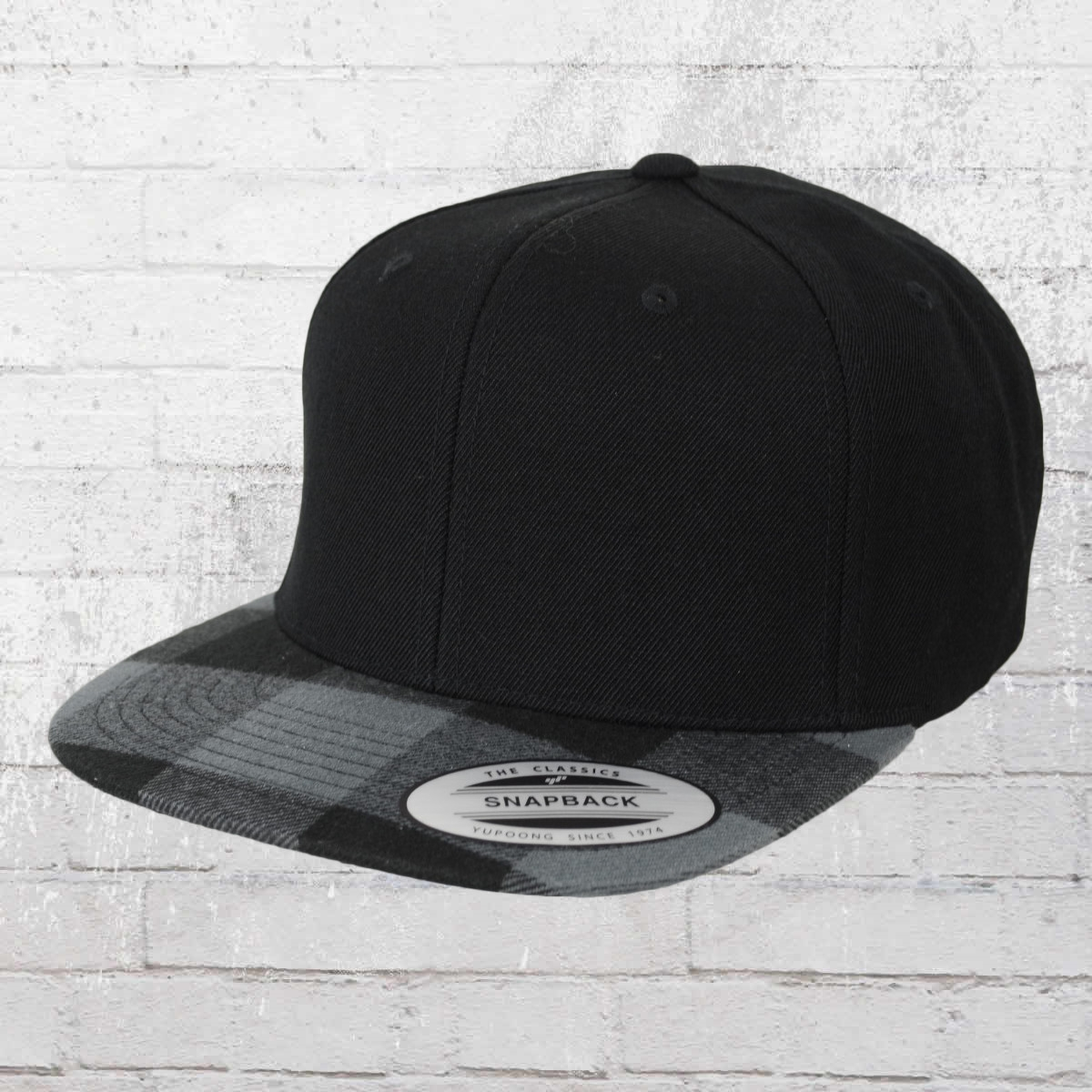 Yupoong Snapback Hat Checked Flanell Peak black charcoal black