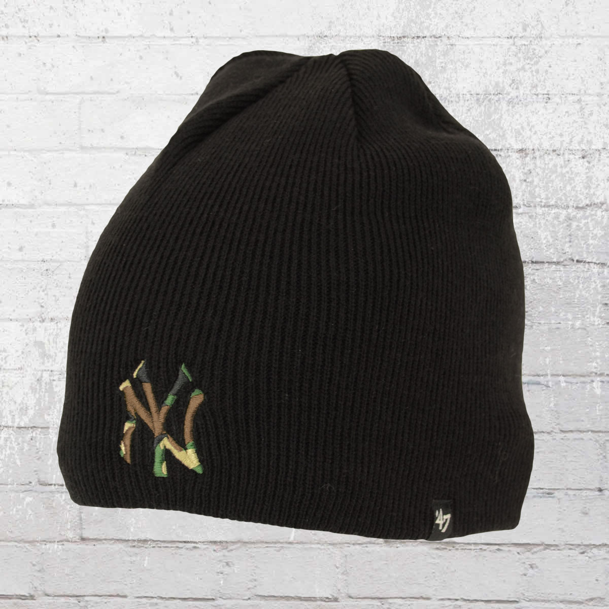 1d7232f6add 47 Brands Knitted Hat New York Yankees Camfill Beanie black. ›‹ «