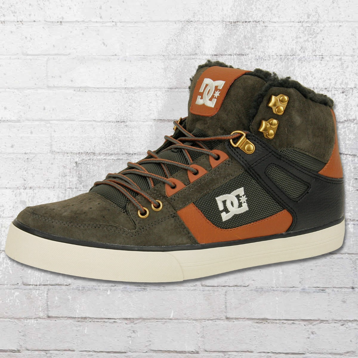 8341436dd95f DC Shoes Men Shoe Spartan High WC WNT olive brown. ›‹ «