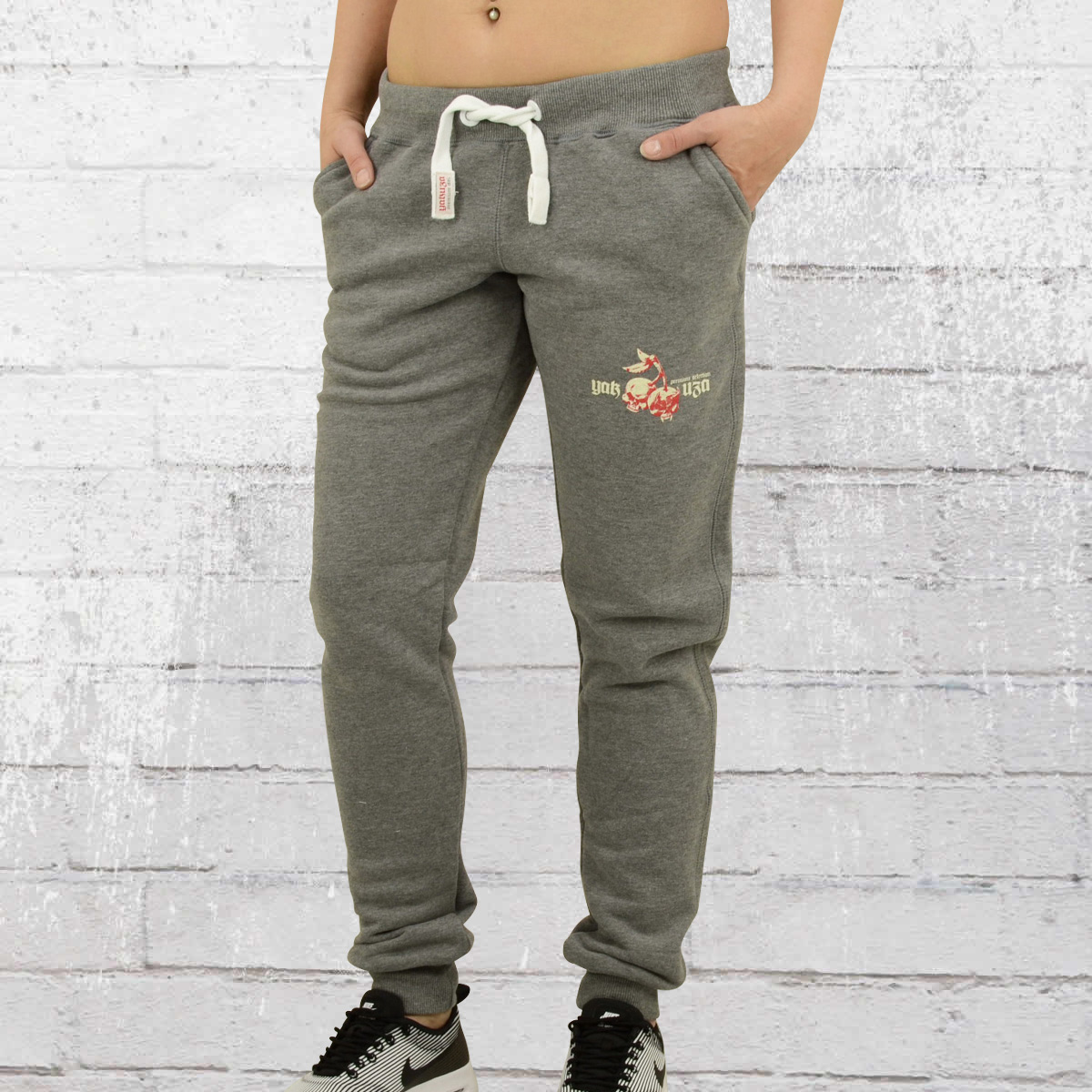 order now yakuza premium jogging pants ladies gjo 2049. Black Bedroom Furniture Sets. Home Design Ideas