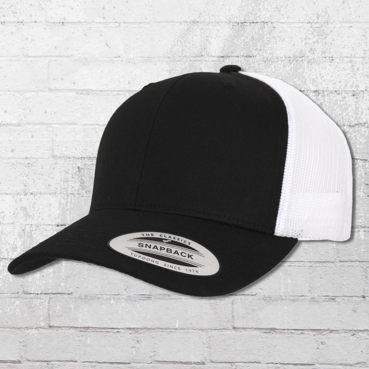 Yupoong by Flexfit Hat Retro Trucker Cap Snapback black white. ›‹ « 9718586c7fff