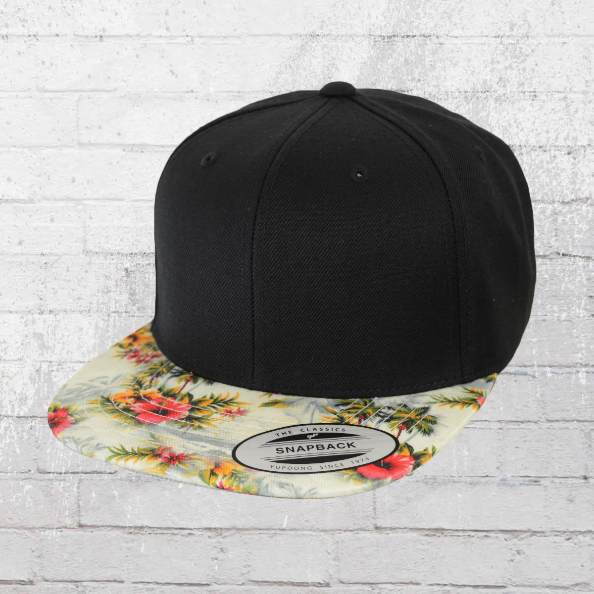 38969a6fef9 Yupoong by Flexfit Hat Snapback Cap Floral black multi. ›‹ «