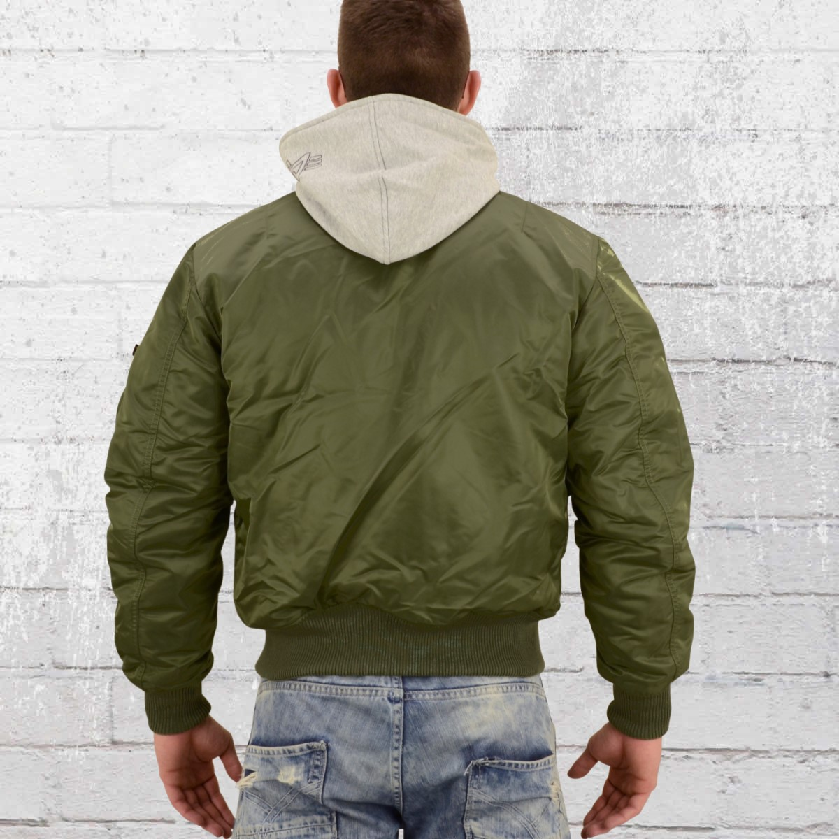 Have you seen  Alpha Industries Mens Bomber Jacket MA1 D Tec sage green 69d10160432