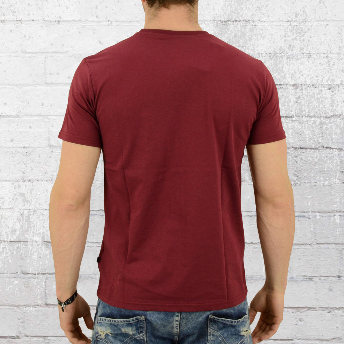 0123c9bf678a Order now   Alpha Industries Male T-Shirt Basic T burgundy