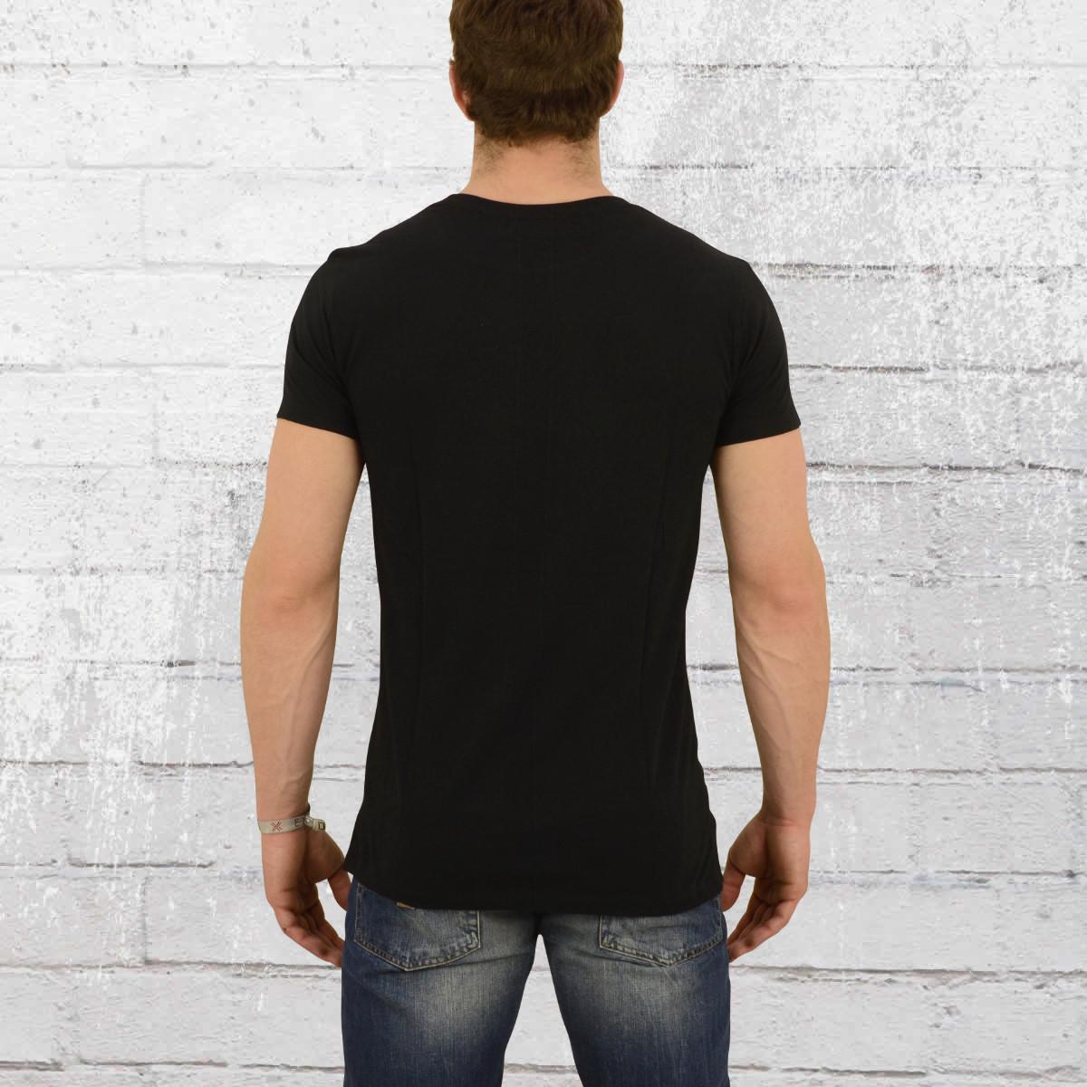 buy online 092f9 c46b6 Jetzt bestellen | Religion Clothing T-Shirt Herren Pray ...