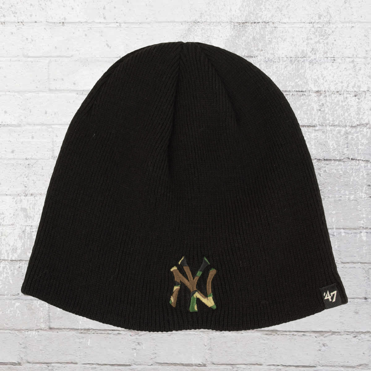 409e19bf086 Have you seen  Pelle Pelle Winter Hat Core Beanie black