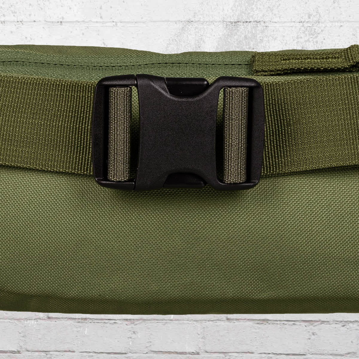Order now dc shoes belt bag farce waist bag olive brown for Farcical other forms